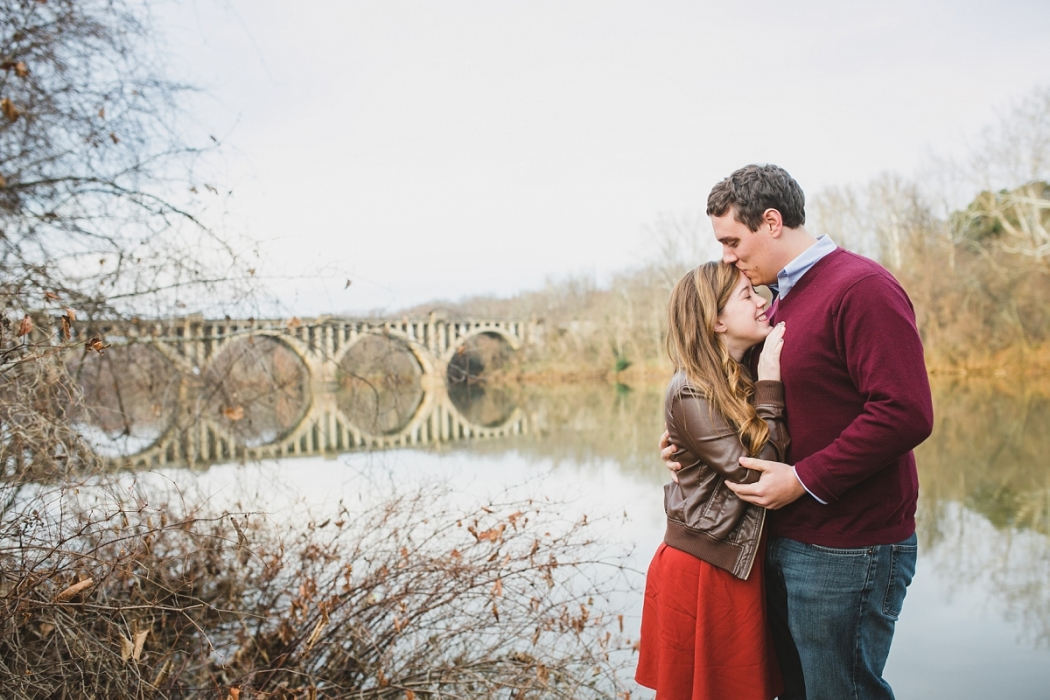 coffee shop engagement session by Samantha Martin - Photographer www.samanthamartinphotographer.com